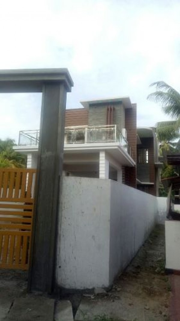 3 cent 1250 sq ft house for sale varapuzha varapuzha for 1250 square feet house